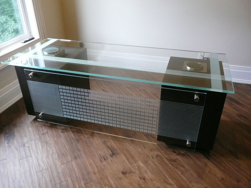 glass desk table tops. Joanne Table Top. Nella Maritano. Yura Sinyak Desk Glass Tops