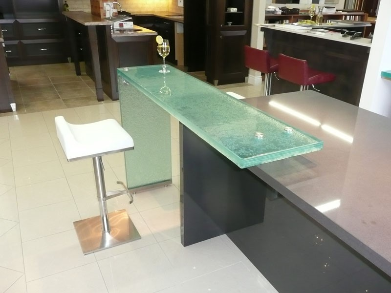 The glass counter breakfast bar by cgd glass cgd glass for Glass kitchen countertops