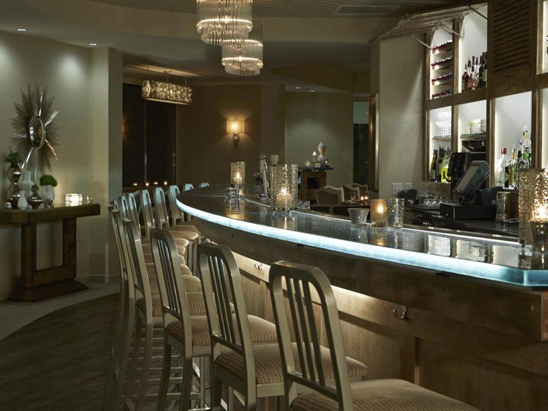 The Above Examples Show How Fabulous Our Glass Counters Can Look When Being  Used As Bar Tops For Restaurants, Bars, And Lounges.